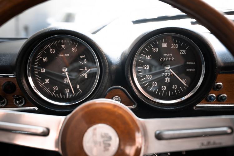 1973 Alfa Romeo GT 1300 Junior 27