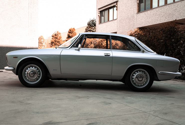 1967 Alfa Romeo Giulia Sprint GT 1600 9