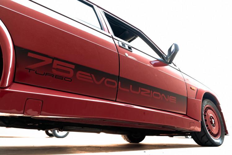 1987 Alfa Romeo 75 Turbo Evoluzione 19