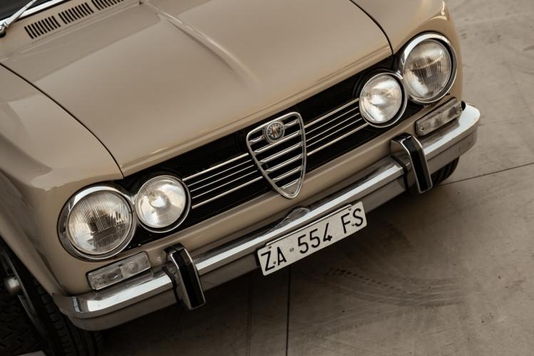 1972 Alfa Romeo Giulia Super 1300 12