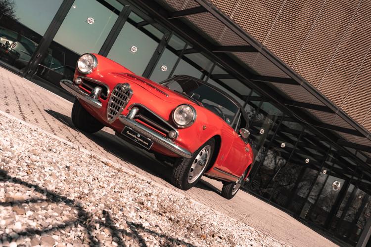 1963 Alfa Romeo Giulia Spider  3