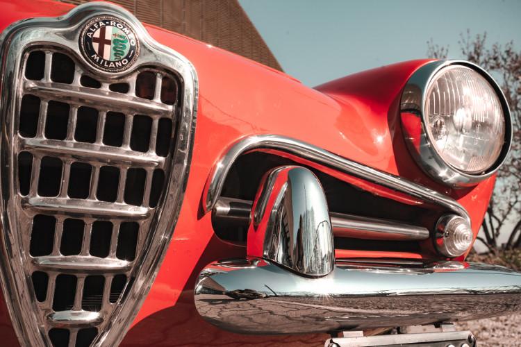 1963 Alfa Romeo Giulia Spider  12