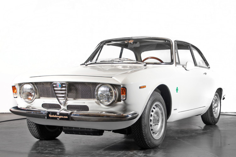 "1965 Alfa Romeo Giulia Sprint GTA ""stradale"" 0"