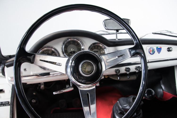 1962 Alfa Romeo Giulia spider 1600 16