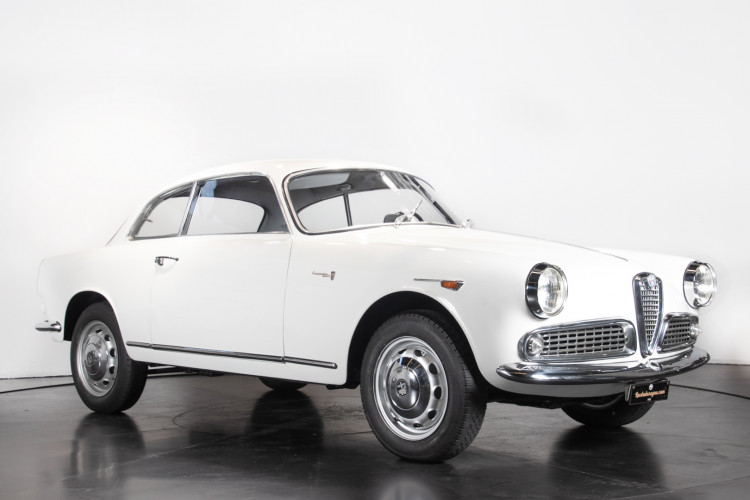 1960 Alfa Romeo Giulietta Sprint  7