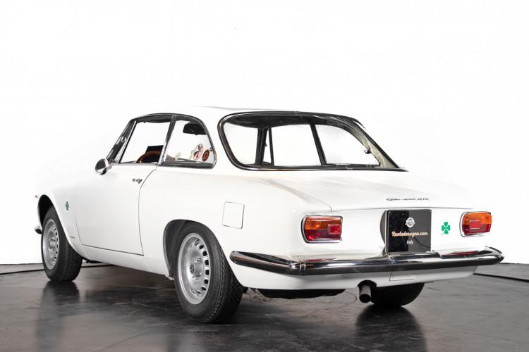 "1965 Alfa Romeo Giulia Sprint GTA ""stradale"" 6"