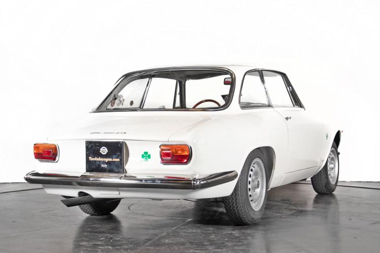 "1965 Alfa Romeo Giulia Sprint GTA ""stradale"" 4"