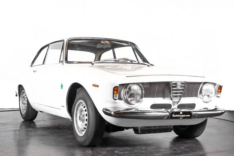 "1965 Alfa Romeo Giulia Sprint GTA ""stradale"" 2"