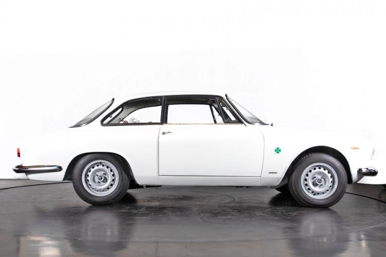 "1965 Alfa Romeo Giulia Sprint GTA ""stradale"" 3"