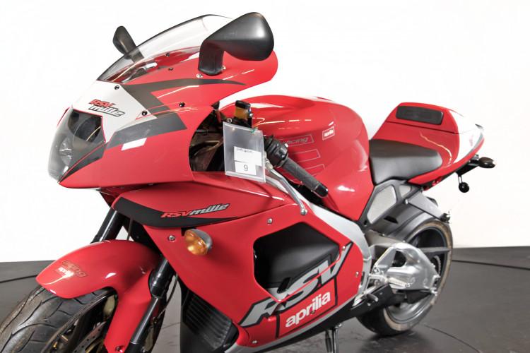 2000 Aprilia RSV 1000 12