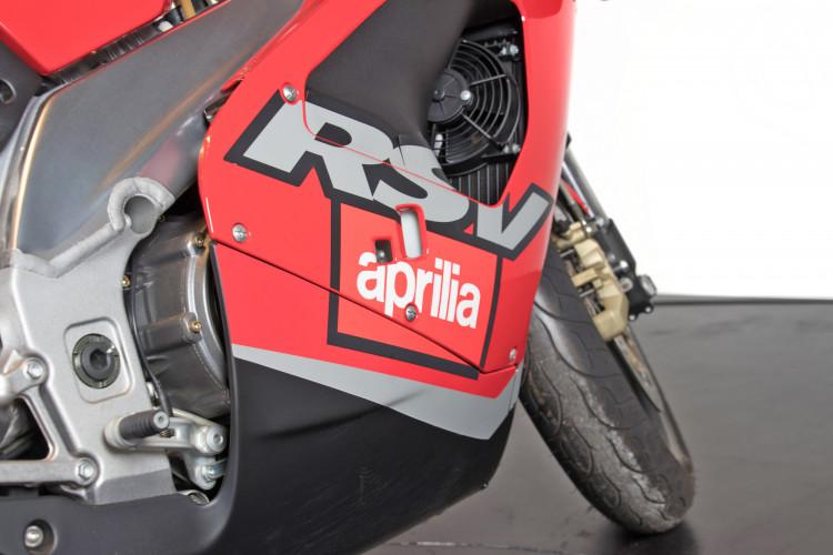 2000 Aprilia RSV 1000 7