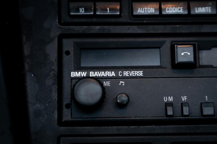 1992 BMW 850 i 32