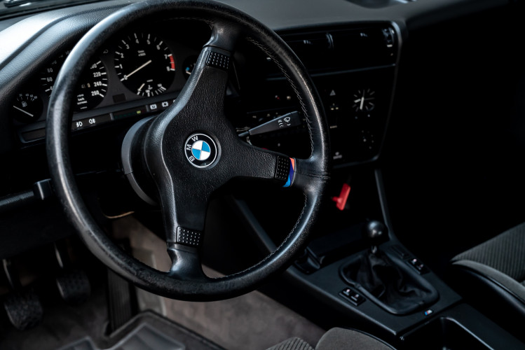 1988 BMW 320 IS 9