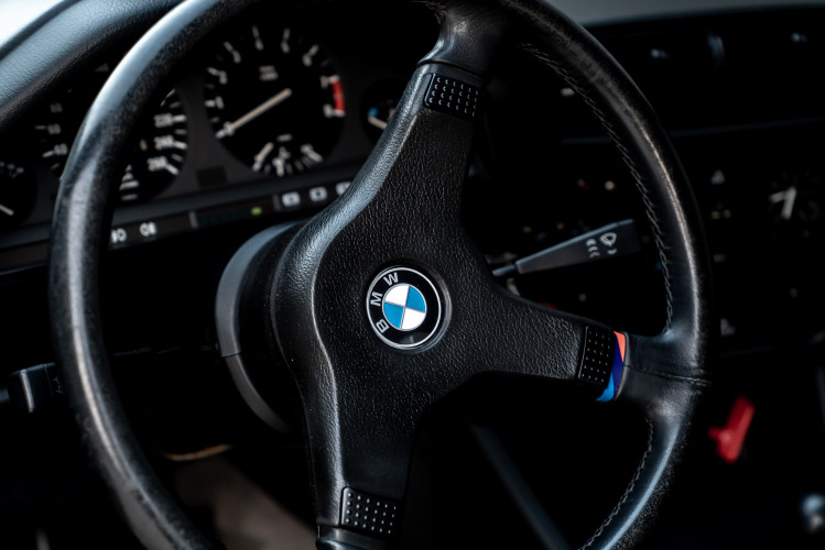 1988 BMW 320 IS 7