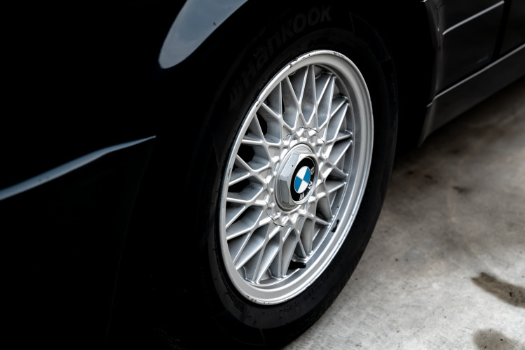 1988 BMW 320 IS 11