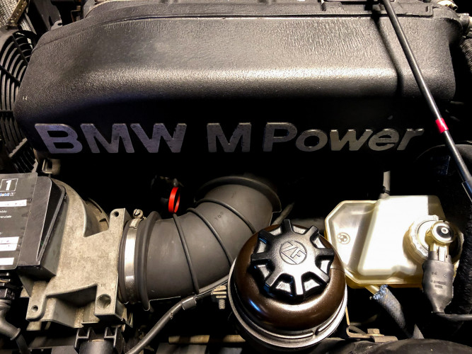 1988 BMW 320 IS 25