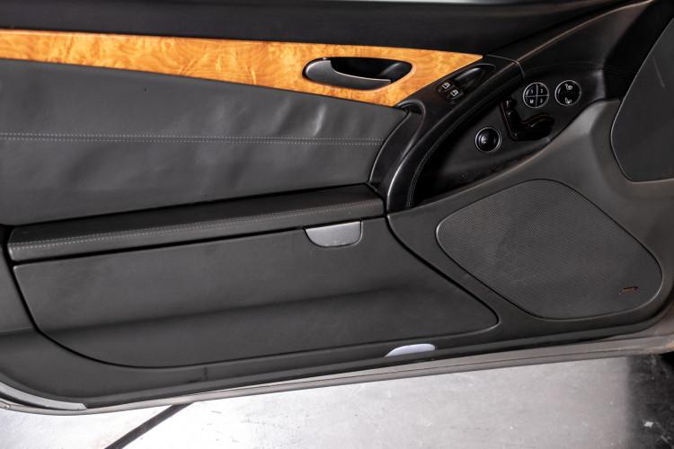 2004 Mercedes-Benz SL500 16