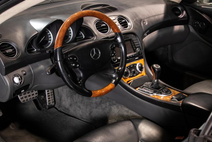 2004 Mercedes-Benz SL500 19
