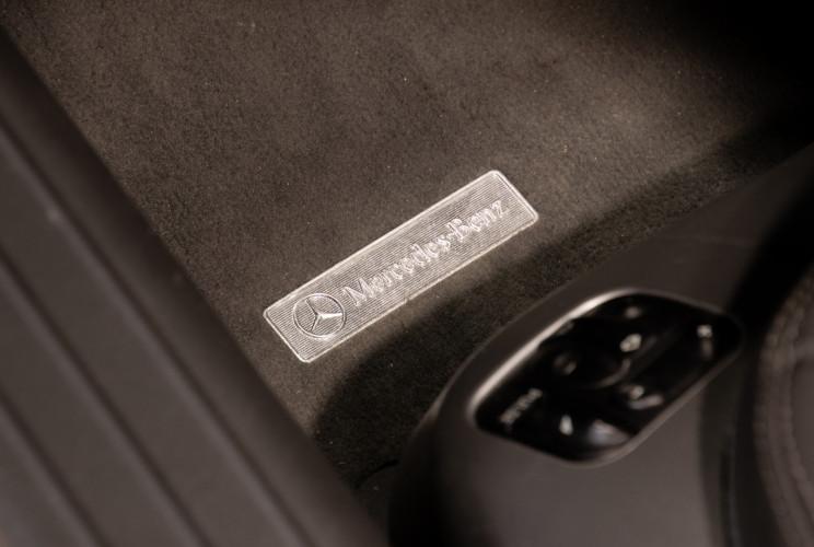 2004 Mercedes-Benz SL500 24