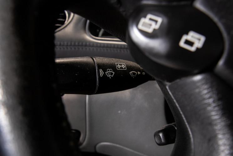 2004 Mercedes-Benz SL500 30