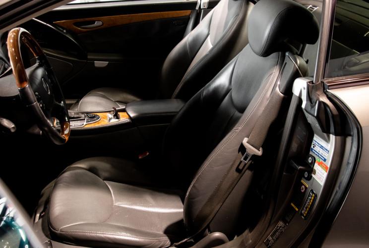 2004 Mercedes-Benz SL500 42
