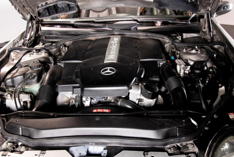 2004 Mercedes-Benz SL500 47