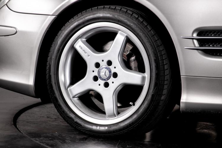 2004 Mercedes-Benz SL500 9