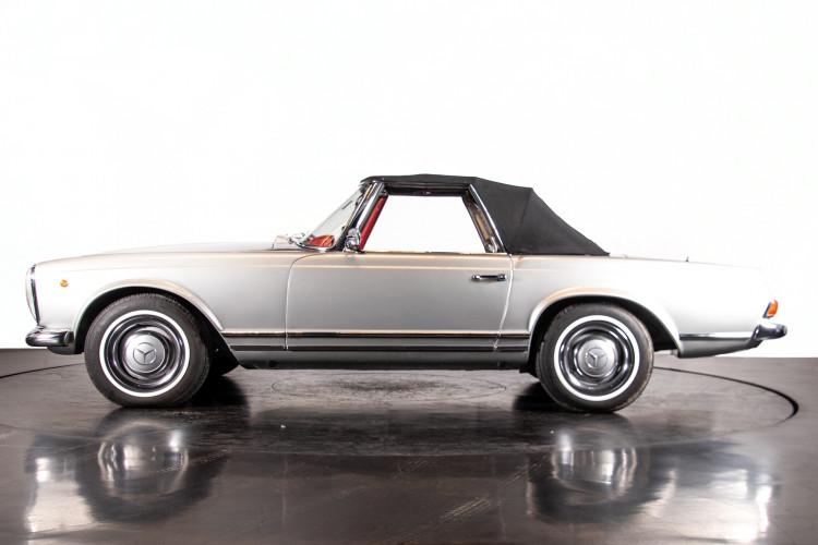 "1966 Mercedes-Benz 230 SL ""Pagoda"" 37"