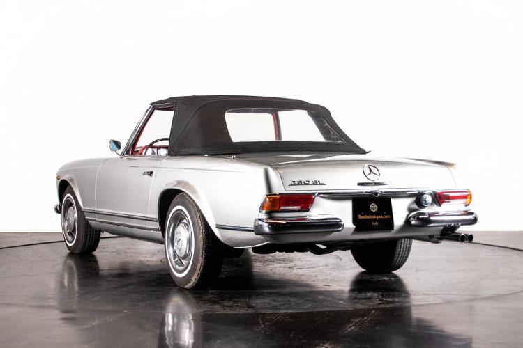 "1966 Mercedes-Benz 230 SL ""Pagoda"" 38"