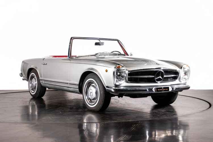 "1966 Mercedes-Benz 230 SL ""Pagoda"" 6"