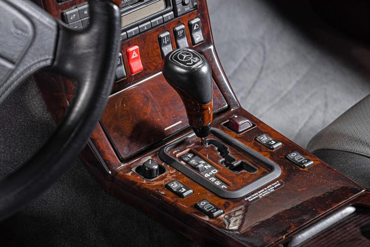 1998 Mercedes Benz 600 SL 26