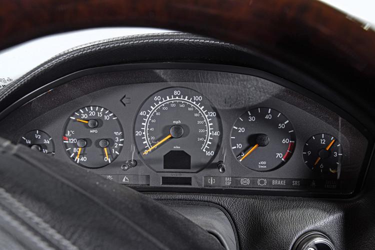1998 Mercedes Benz 600 SL 30