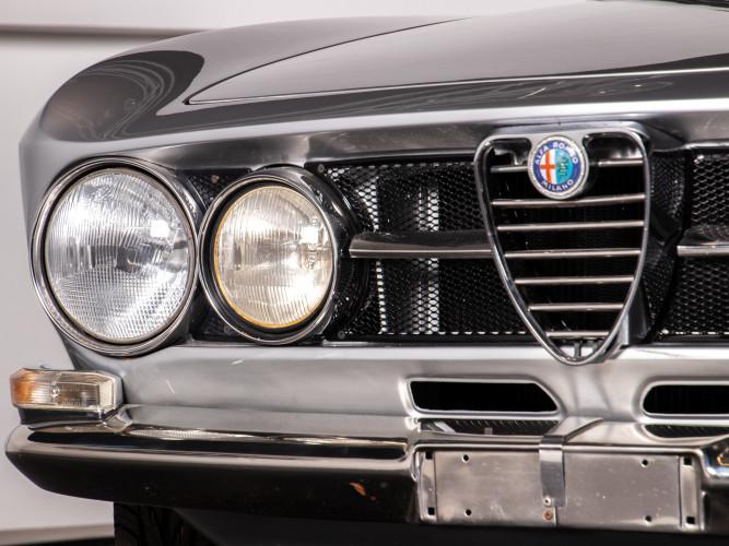 1968 Alfa Romeo GT Veloce 1750 - 1° Serie 12