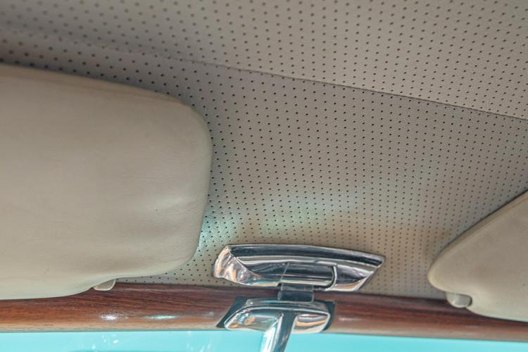 1963 Mercedes-Benz 220 SE 30