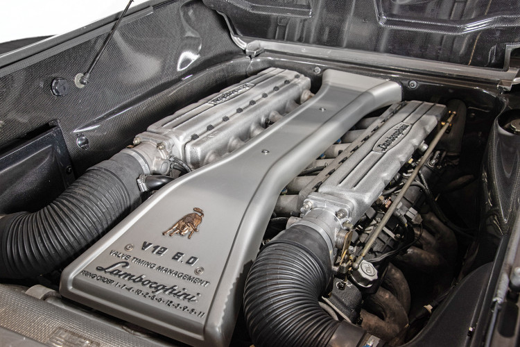 2000 Lamborghini Diablo 6.0 VT 40