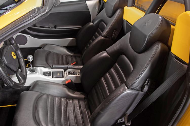 """2001 Ferrari 360 Spider """"Manuale"""" 32"""