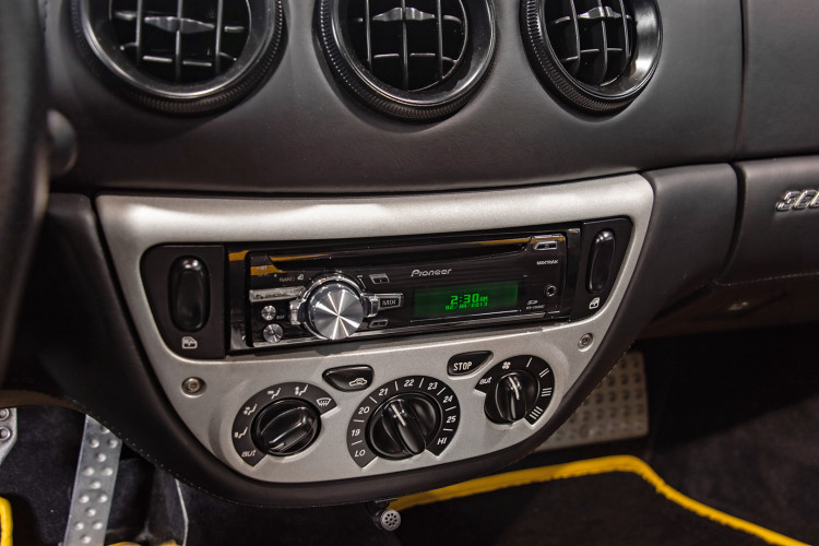 """2001 Ferrari 360 Spider """"Manuale"""" 40"""