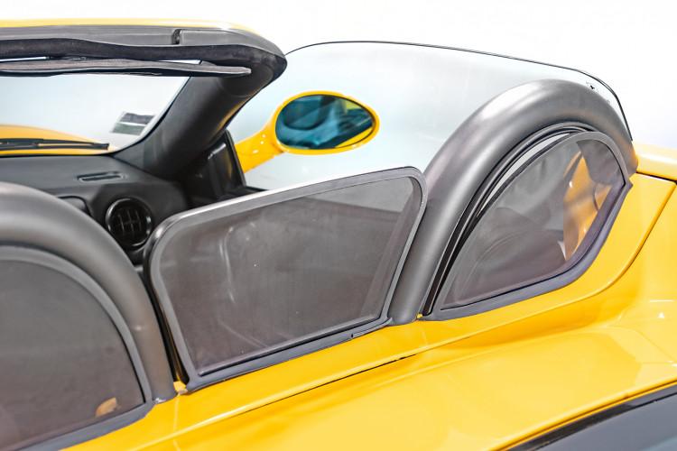 """2001 Ferrari 360 Spider """"Manuale"""" 24"""