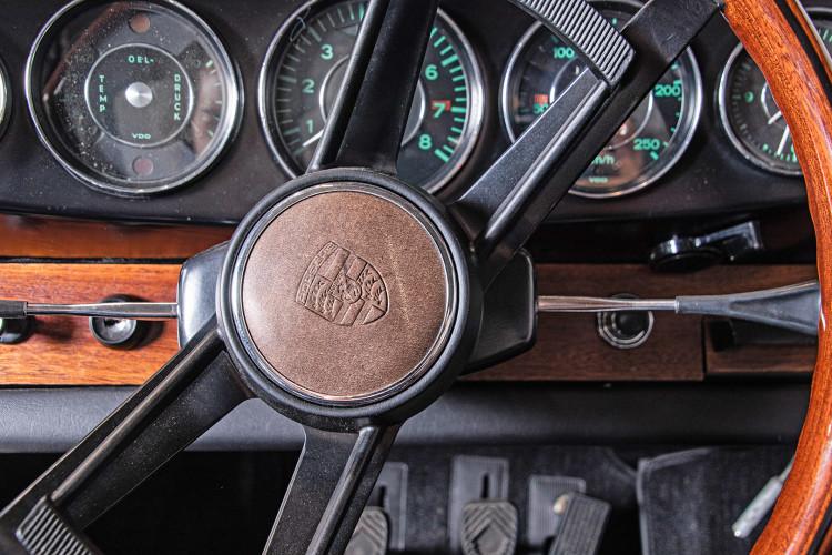 "1966 Porsche 911 2.0 L - S.W.B. ""Serie 0"" 22"