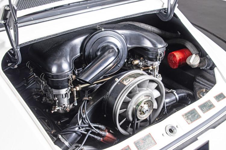 "1966 Porsche 911 2.0 L - S.W.B. ""Serie 0"" 30"