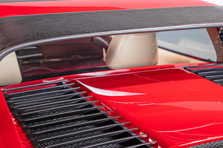 1986 Ferrari 328 GTS 22