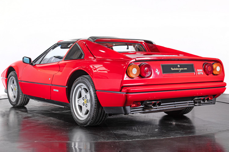 1986 Ferrari 328 GTS 6