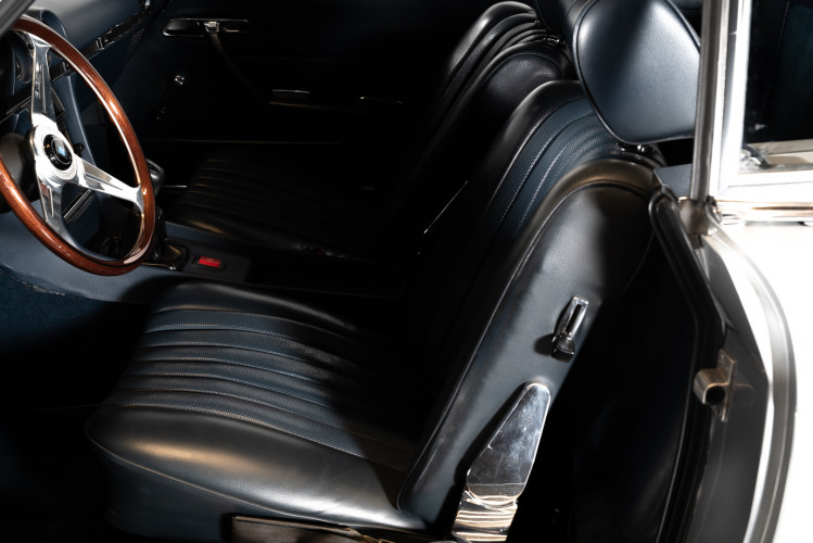 1971 Mercedes-Benz SL 350 Cabrio  17