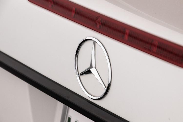 2000 Mercedes-Benz SL500 14