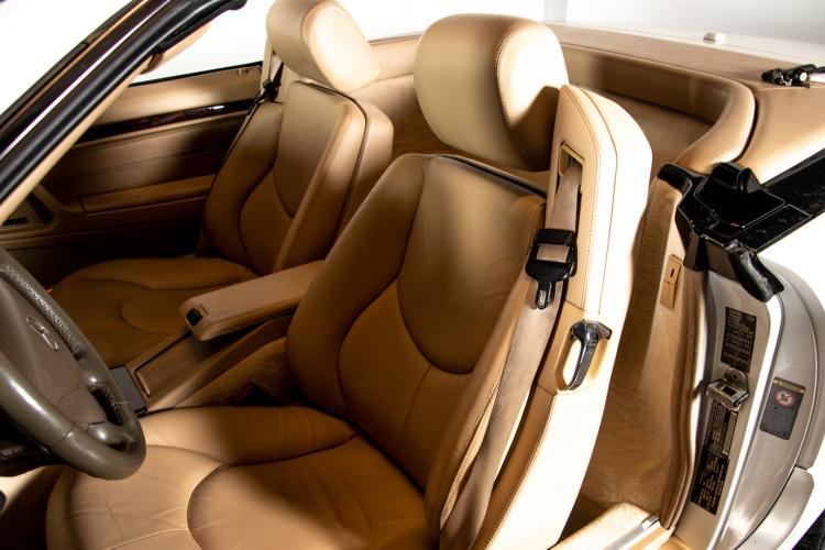 2000 Mercedes-Benz SL500 20