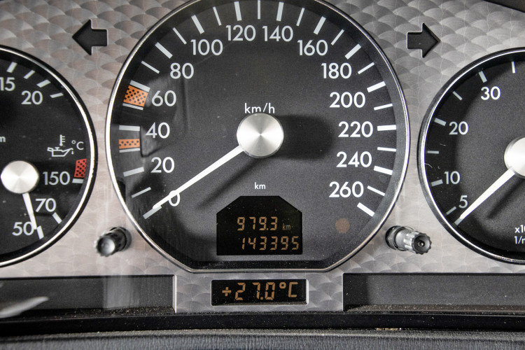 2000 Mercedes Benz SL500 SL Edition 31