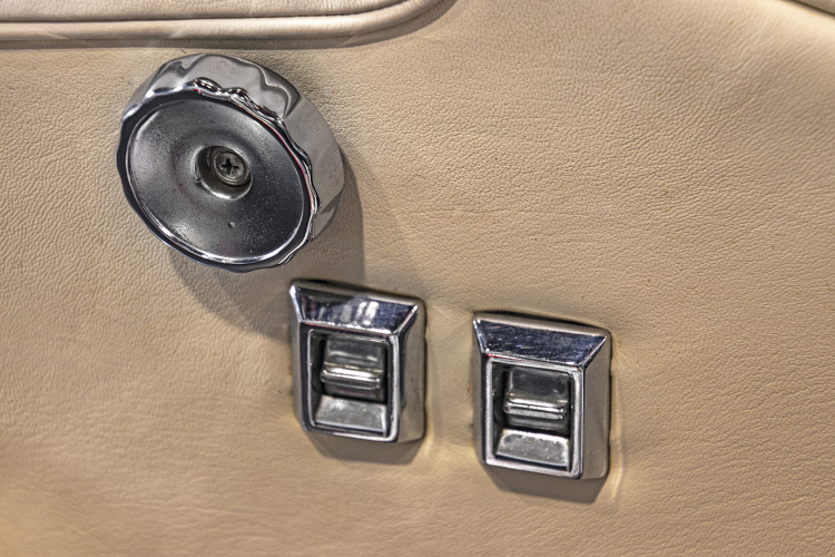 1964 MASERATI 3500 GTi 24