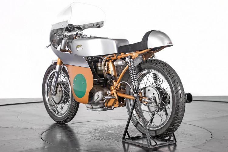 1966 DUCATI 250 CORSA 4