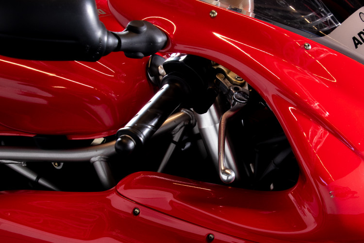 2004 DUCATI SUPERSPORT 800 4