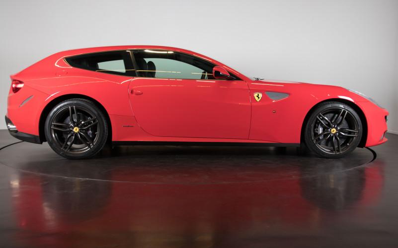 2014 Ferrari FF 6